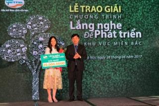 Viettel trao thưởng cho khách hàng đóng góp ý kiến tốt cho nhà mạng